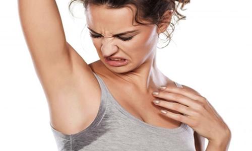 6 легких и простых способов избавиться от неприятного запаха тела