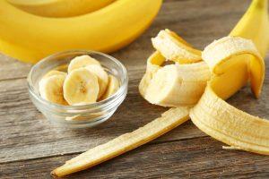Банановые шкурки для отбеливания зубов