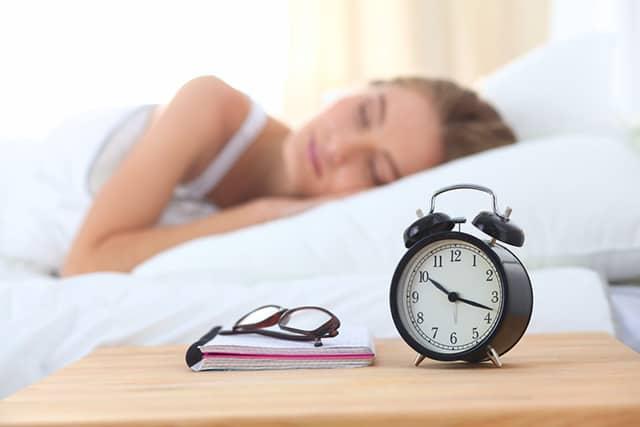 11 естественных способов перестать много спать – нужно попробовать
