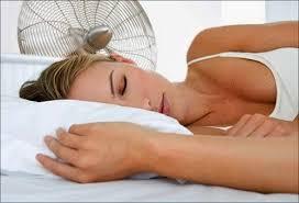 11 последствий сна под вентилятором на ночь