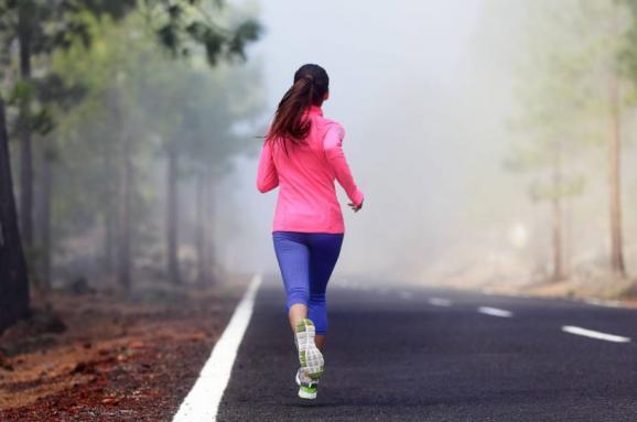 10 преимуществ пробежек каждое утро для женщин
