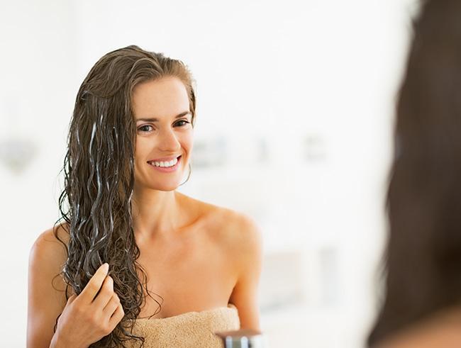 Как использовать яичную маску для поврежденных волос – 8 натуральных способов