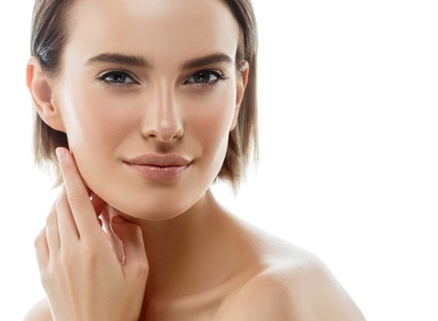 12 полезных советов для макияжа на жирной кожи