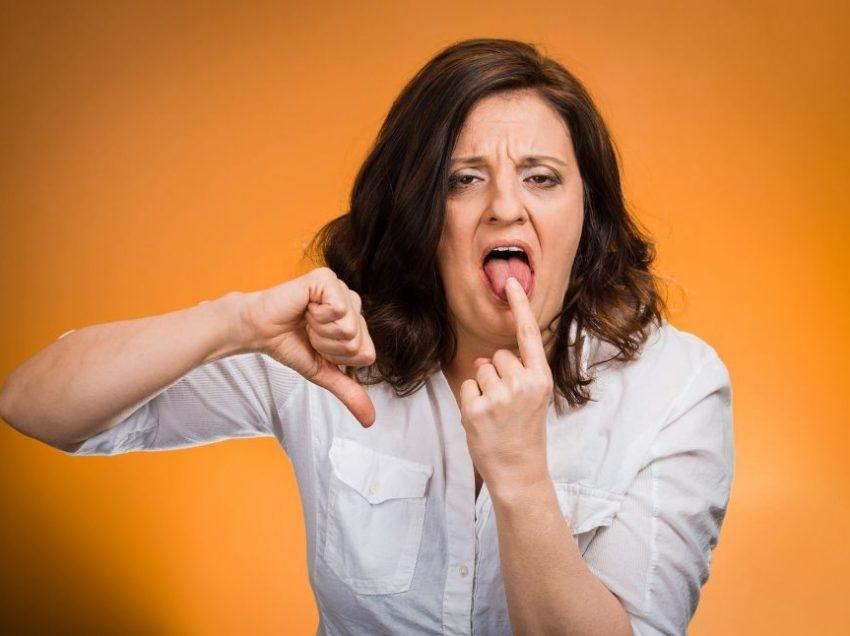 Плохой вкус во рту: симптомы, причины, лечение, профилактика