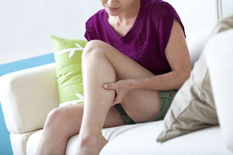 Как легко справиться с ночными судорогами в ногах