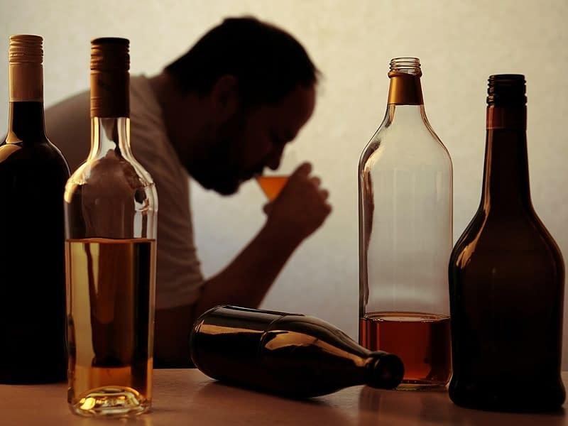 10 признаков того, что у вас могут быть проблемы с алкоголем
