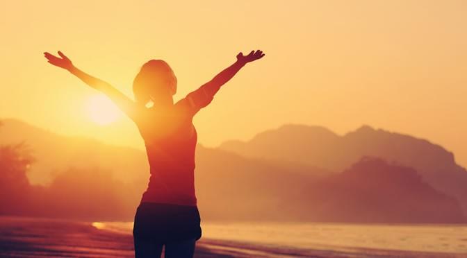 14 доказанных преимуществ для здоровья от утреннего солнечного света