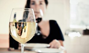 white wine increase risk of skin cancer