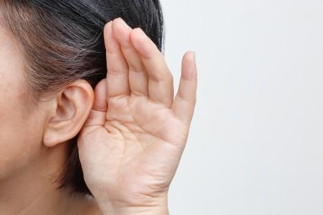 3 симптома возрастной потери слуха