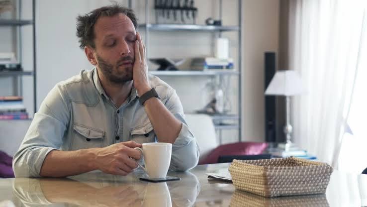 Почему кофе заставляет меня чувствовать себя сонным и неактивным?